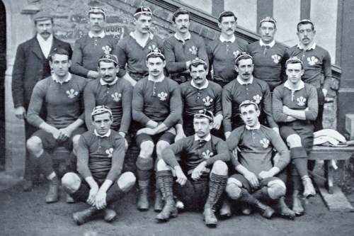 Wales Rubgy team photo early 19th century